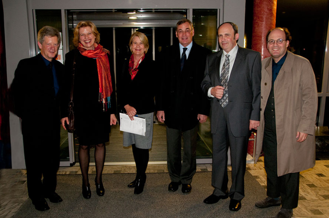 Donald Maurice, Karin Wolf (Congress Host), Louise Rider, Peter Rider (New Zealand Ambassador), Boris Pigovat (Composer) and Emile Cantor (Congress Host). Photo by Dwight Pounds
